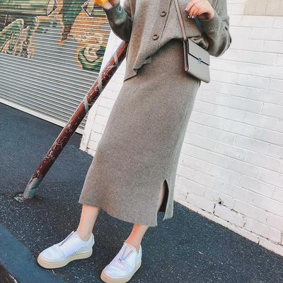 晶咕家V领针织衫裙子两件套女冬季宽松微胖套装减龄冬装