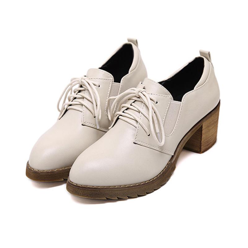 英伦学院风高跟系带小白鞋