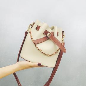 新款斜挎链条手提单肩水桶包