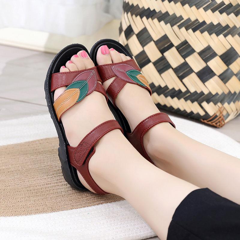 夏季妈妈凉鞋女夏平底中老年凉鞋