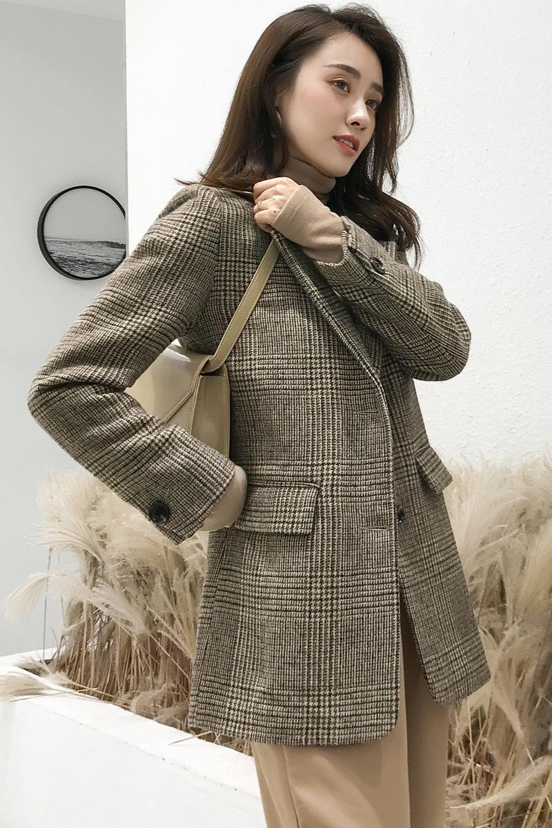 秋冬季休闲时尚流行修身呢子小西装格子毛呢外套女短款2018新款厚