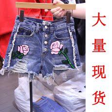 01751夏款亮片刺绣破洞不规则牛仔短裤百搭显瘦阔腿裤女款热裤