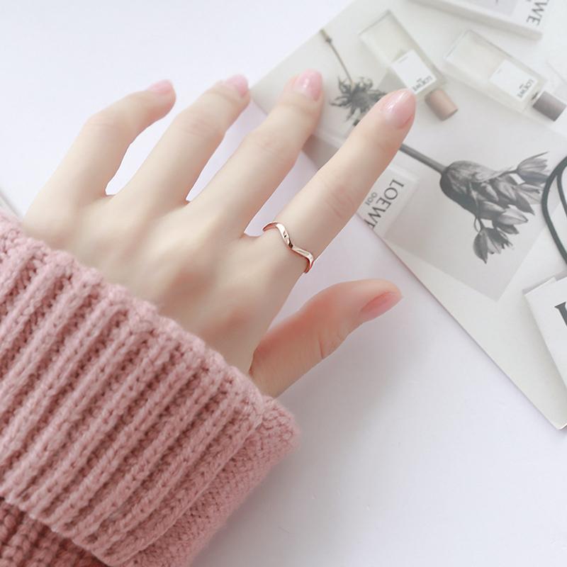 网红时尚百搭波浪食指戒指女不掉色日韩复古潮人学生个性指环饰品